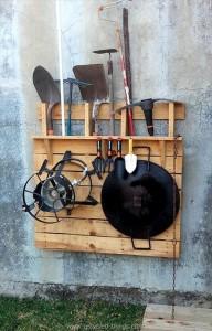 Wooden Pallet Tool Rack