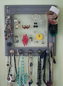 Ideas for Recycled Jewelry Hangers