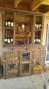 Pallet Bar Closet