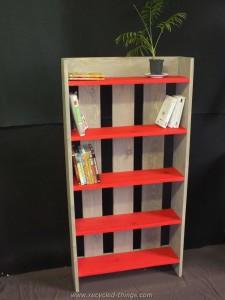 Decorative Pallet Shelf