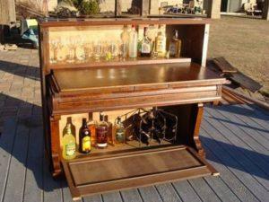Old Piano Bar Idea