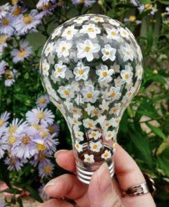 Recycled Bulb Ideas