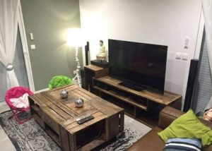 Pallet Console Table with Coffee Table
