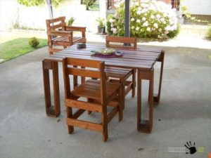 Pallet Outdoor Table and Chairs Set