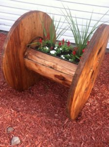 Pallet and Cable Spool Garden Decor Idea