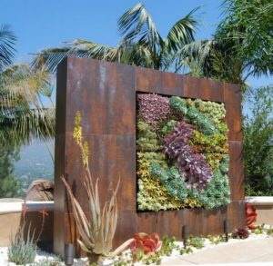Eye Catching Vertical Gardens That Can Beautify Any Plain Wall