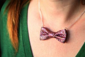 No Sew Gligger Bow Necklace