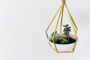 Geometric Metal Tubing Hanging Planter