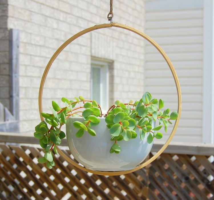 Rotating Hanging Planter