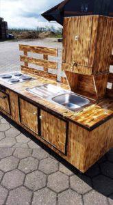 Wood Pallet Outdoor Kitchen
