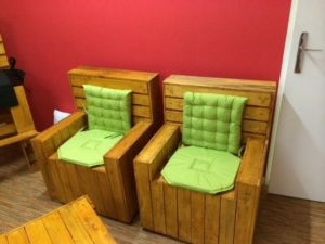 Comfortable Wood Pallet Chairs