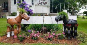 Horses Garden Art Idea