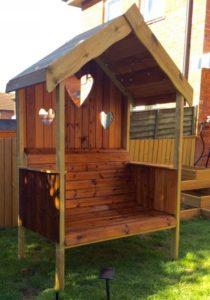 Pallet Pergola Garden Bench