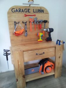 Pallet Tool Bench