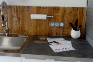 Wood Pallet Wall Paneling at Kitchen