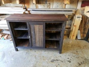 Rustic Pallet Entryway Table Cabinet