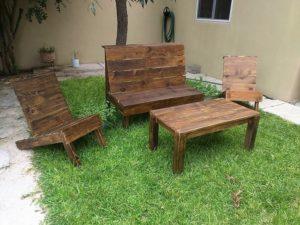 Wood Pallet Garden Furniture Set