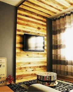Pallet Wall LED HOlder and Decor
