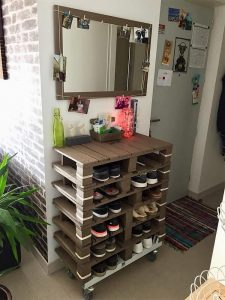 Pallet Mirror and Shoe Rack