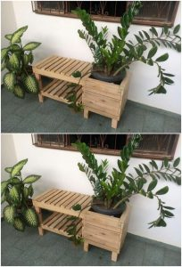 Pallet Seat with Planter