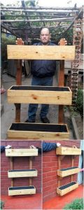 Pallet Wall Planter Stand