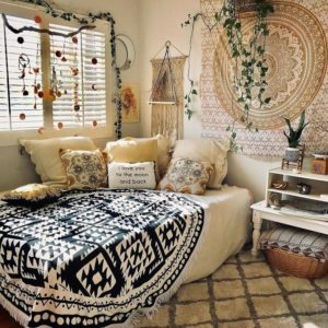 Bohemian Bedroom Decor Design (21)
