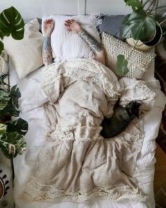 Bohemian Style Beautiful Bedroom Design (5)